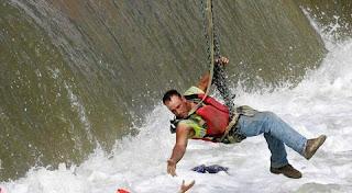 تفسير رؤية الإنقاذ من الغرق في المنام بالتفصيل