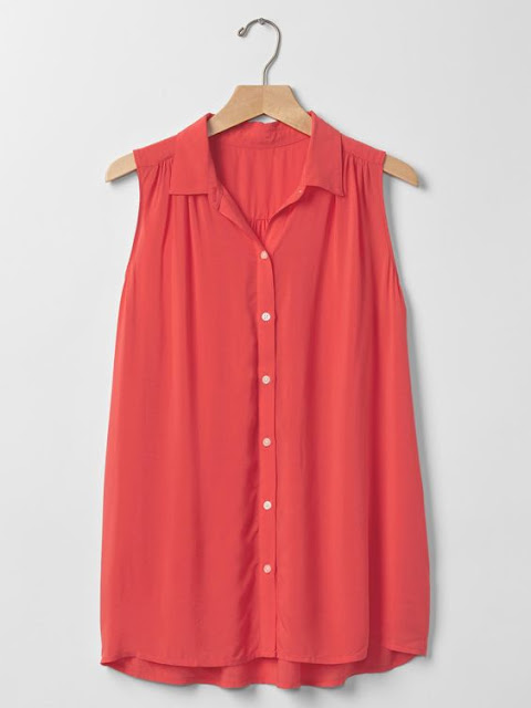 Spring/Summer Capsule Wardrobe: Five Tops for Work from Honey and Smoke Studio // Sleeveless Shirred Shirt in rosebush from Gap