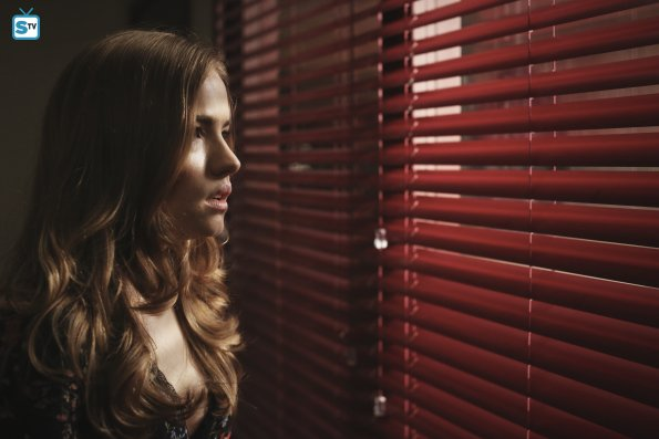 Promo, sinopsis e imágenes promocionales del 2x05: 'Dawn of the Dead'