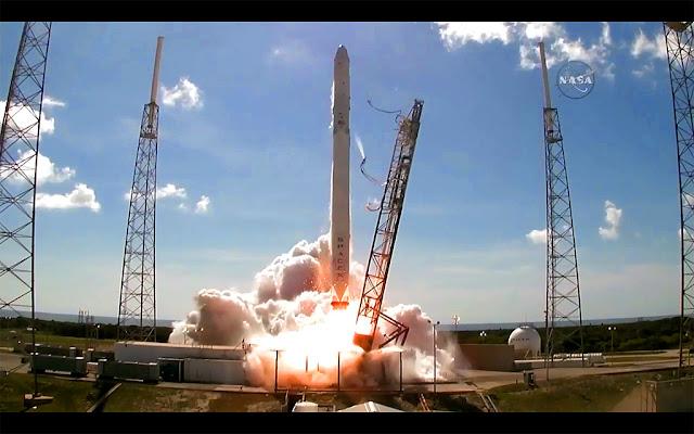 foguete da SpaceX explosão