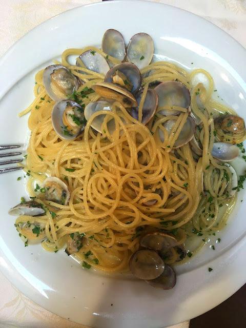 spagetti, midye, yemek, venedik, tur, yurt dışı, ne, yenir