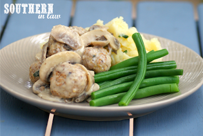 Healthy Meatballs in a Creamy Mushroom Sauce Recipe - low fat, gluten free, healthy, low carb, clean eating, high protein