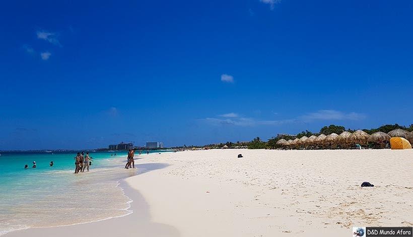 Eagle Beach: Praias de Aruba, Caribe