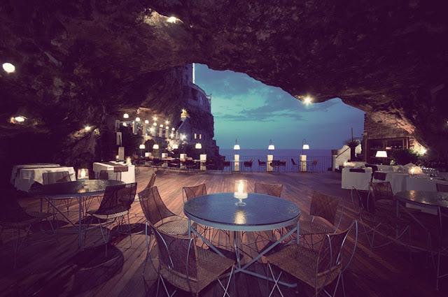 Ristorante Grotta Palazzese, Italy