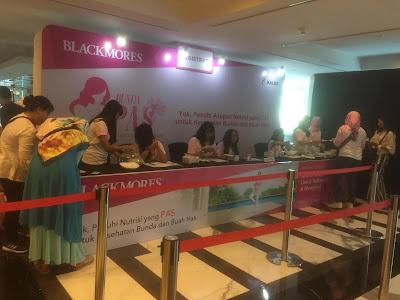 booth-Blackmores-Pregnancy-and-Breastfeeding-Gold,suplemen Ibu Hamil Dan Menyusui, review blackmores pregnant & breastfeeding, Bunda Peduli Asupan Sehat