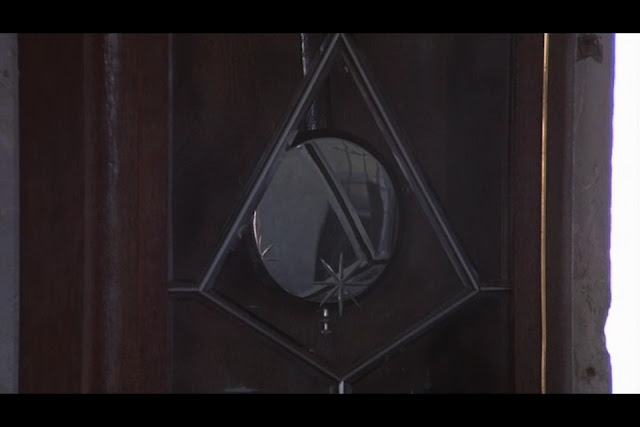 Resultado de imagem para the exorcist clock
