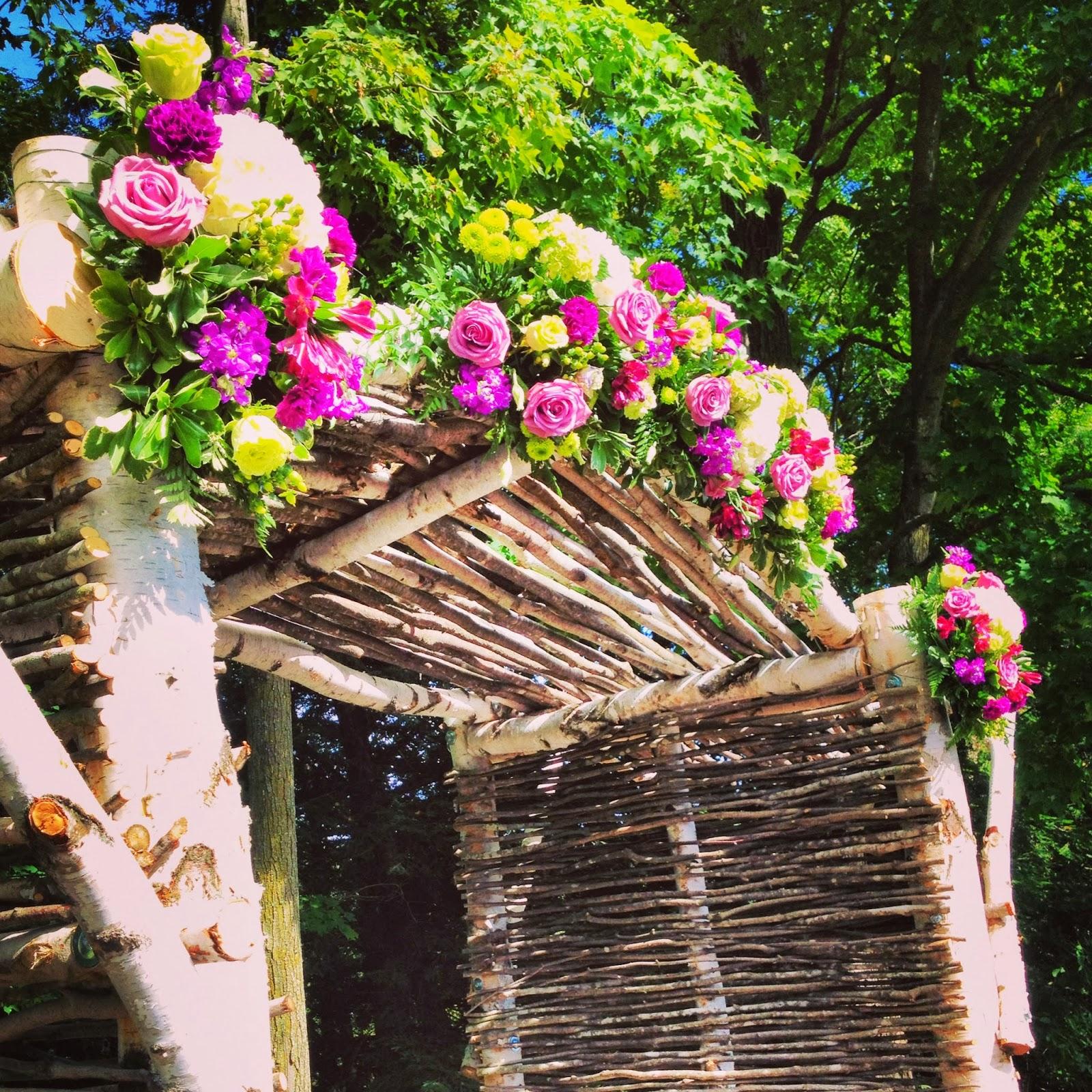 Bank of Flowers: Country Backyard Wedding