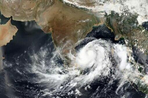 Cyclone Fani, Live updates, Cyclone Fani, makes landfall in Odisha - India in West Bengal,  Cyclone Fani, Cyclone Foni, Odisha, Cyclone Fani status, Fani Cyclone News, Cyclone Fani Update, Fani Cyclone Live, Cyclone News, Cyclone Fani Odisha, Cyclone Fani Latest, Fani Cyclone 2019
