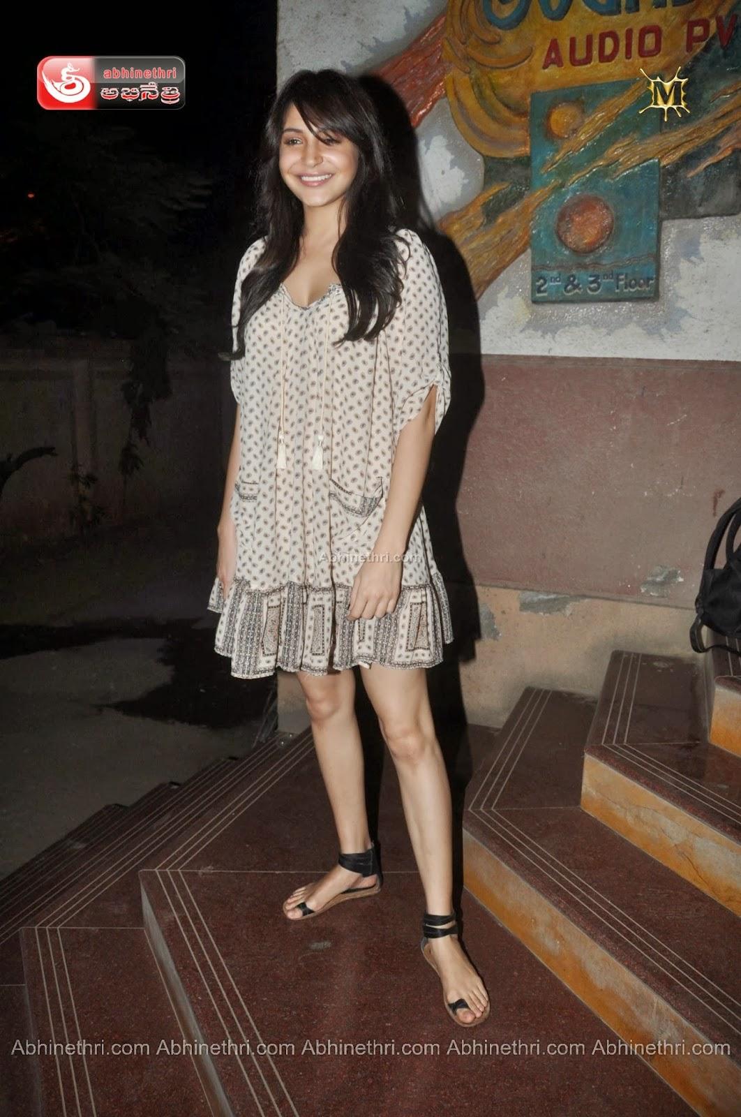 The gallery for --> Deepika Padukone And Anushka Sharma Height