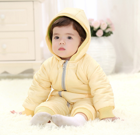e5b168bb00a48 Laura Nancy - Baby Care Tips: How To Dress Your Baby For Cold Weather