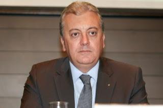 http://vnoticia.com.br/noticia/1788-operacao-cobra-ex-presidente-do-bb-e-petrobras-e-alvo-de-nova-fase-da-lava-jato