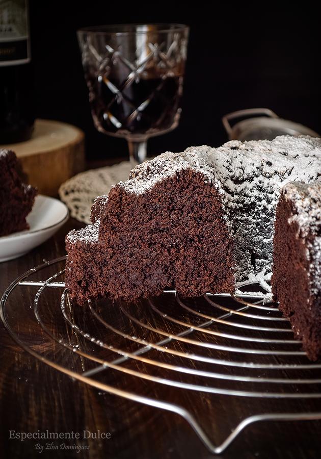 https://especialmentedulceblog.blogspot.com/2018/11/bundt-cake-de-chocolate-al-vino-tinto-receta-sin-gluten.html