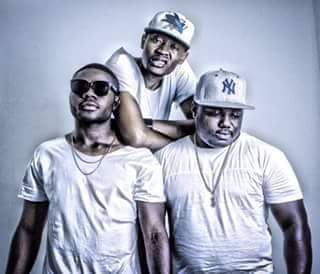 Smash Feat. Nigga Flavour & Mauro Bola - Louca (Rap) [Download]