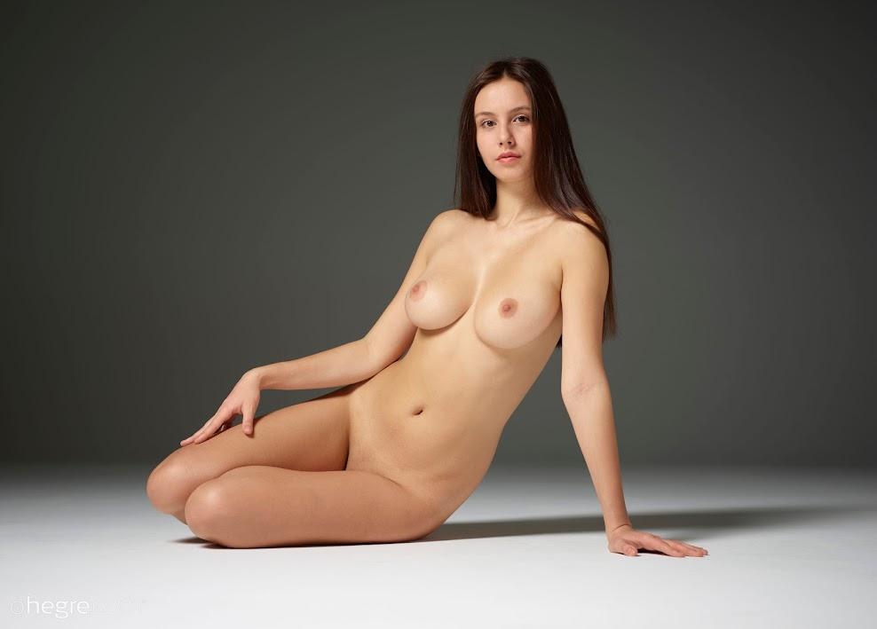 title2:Hegre Alisa Aphrodisiacal Nudes