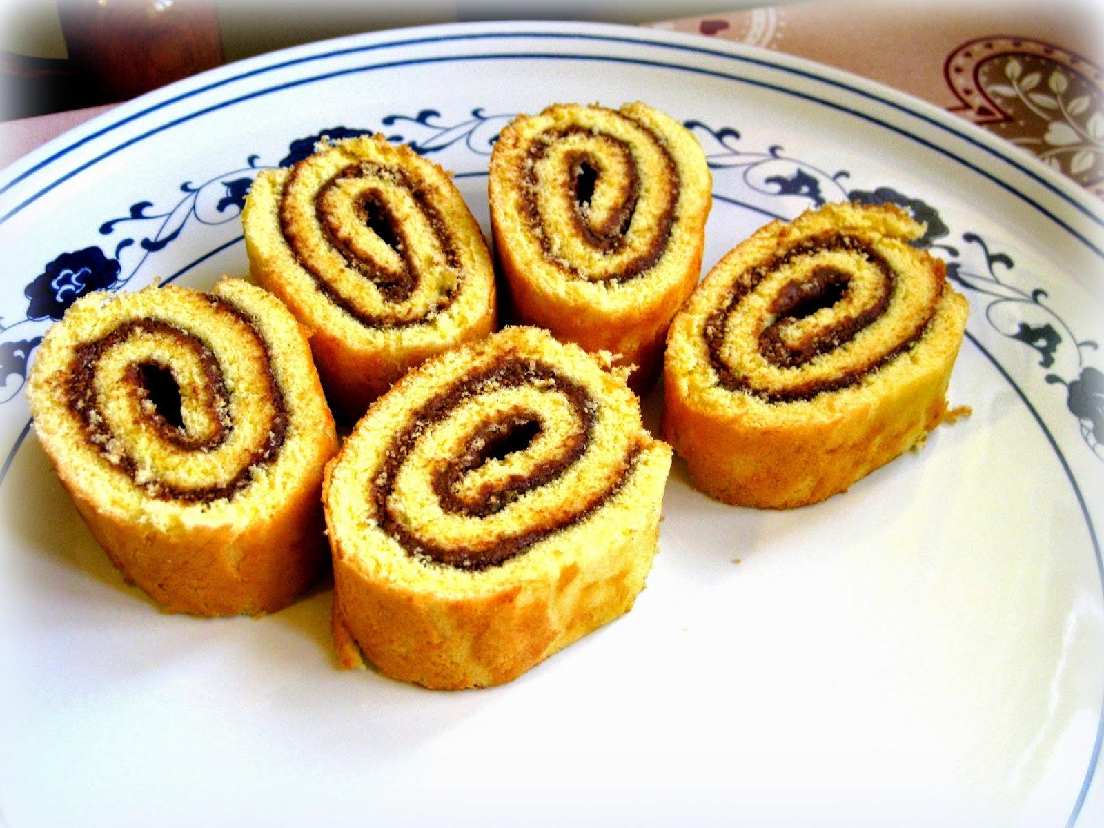 Rotolo Alla Nutella Meta Contentrotolo Alla Nutella Fragola E