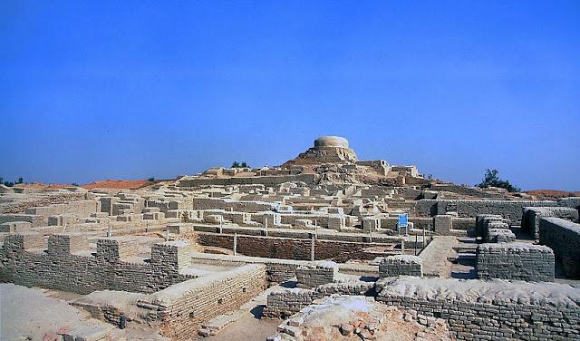 Mohenjo-Daro Tomb