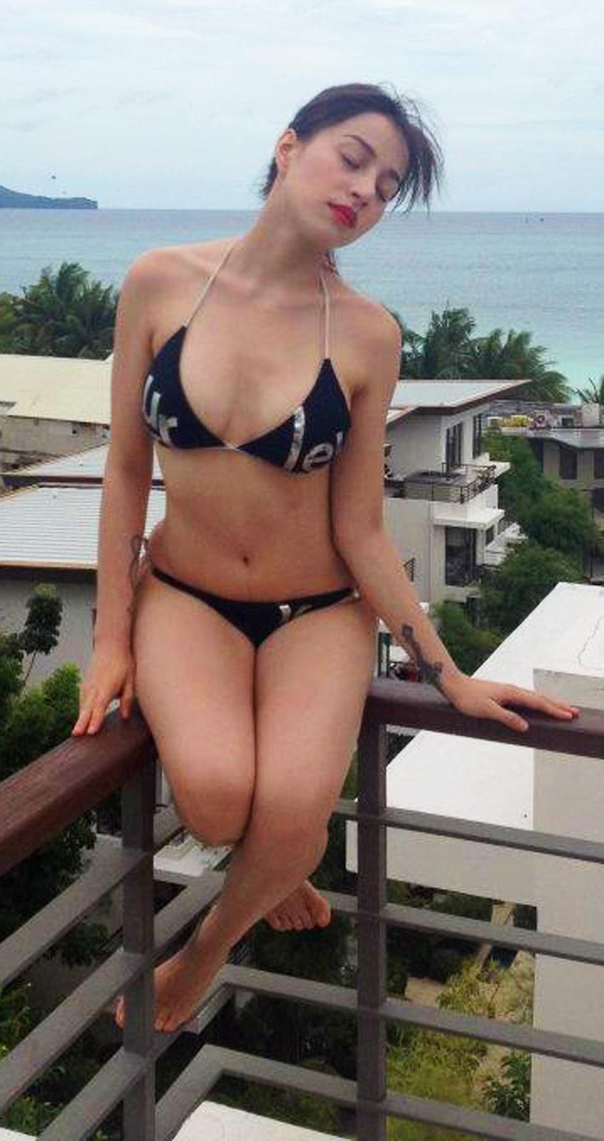 Dakota blue richards flat chested nude fakes