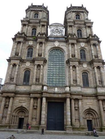 Catedral de St-Pierre de Rennes.