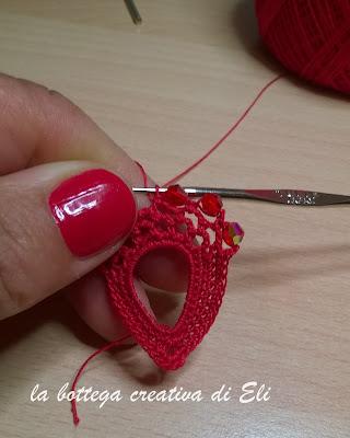 orecchini-pendenti-realizzati-all'uncinetto
