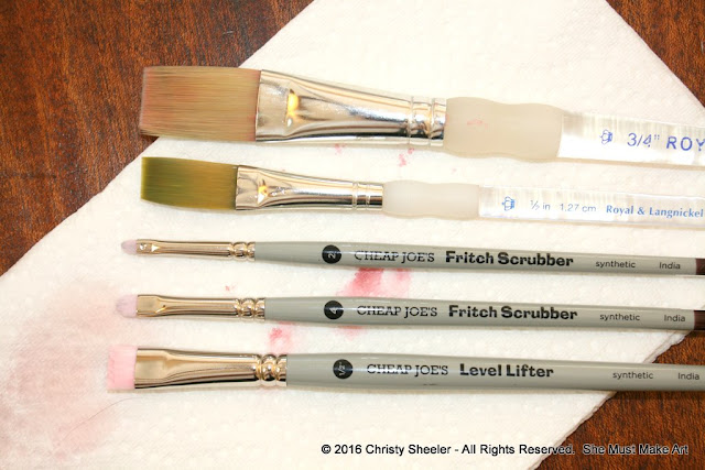 Flat synthetic brushes and scrubber brushes.