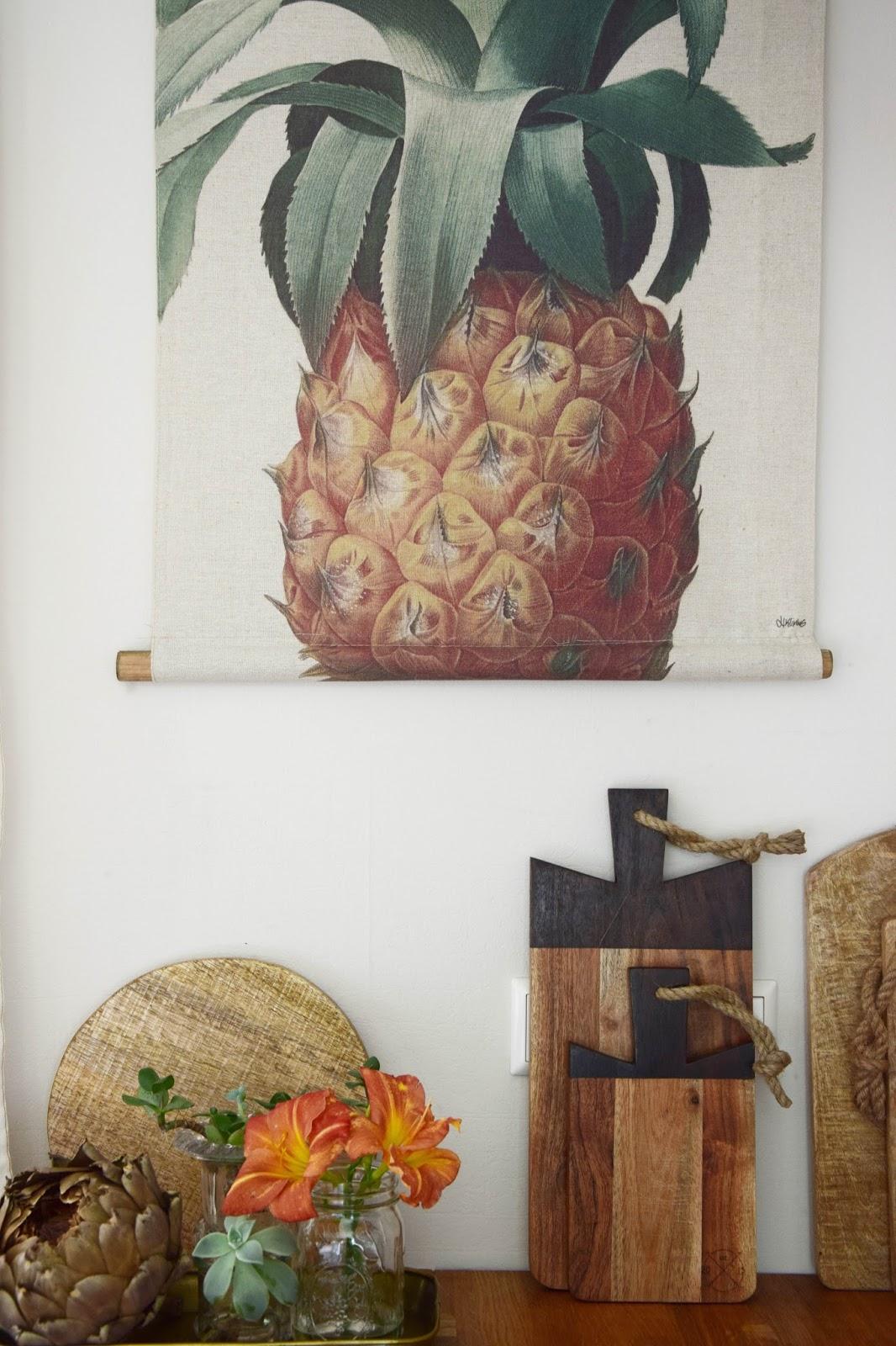 Deko für die Wand in eurer Küche: Tropisch frisch und perfekt für den Sommer: Ananas von HK-Living