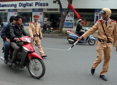 Chết cười với cái nền văn hóa giao thông Việt Nam