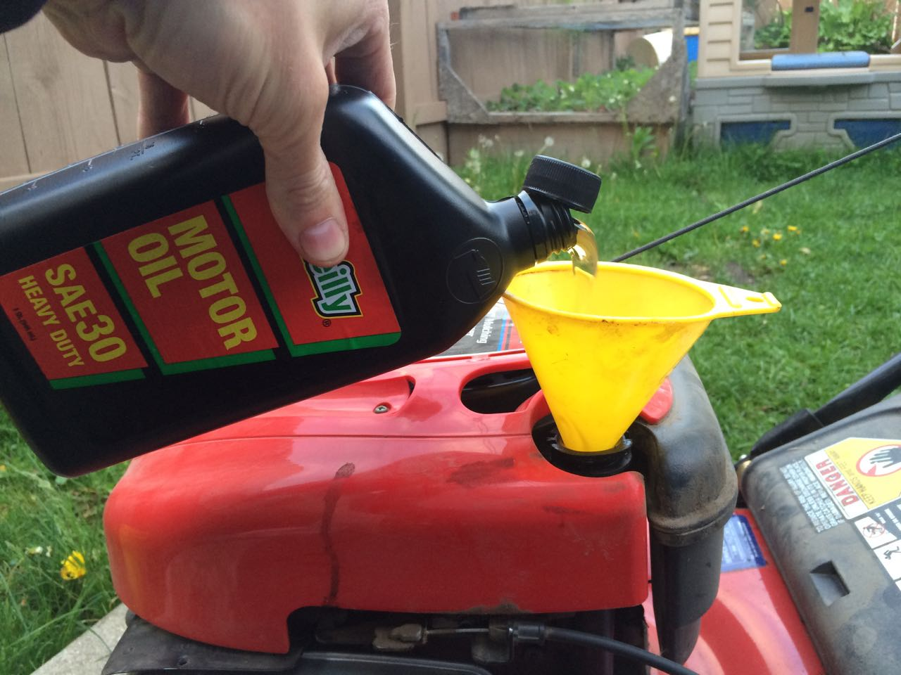 How to Change the Oil on Troy-Built 21