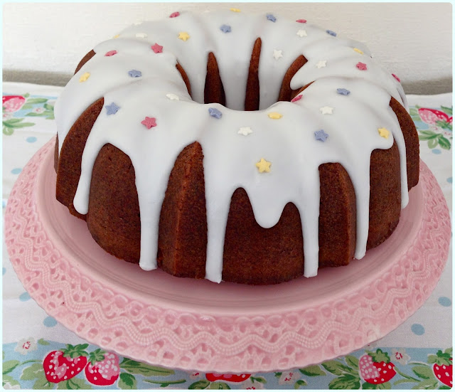 German Apple Bundt Cake