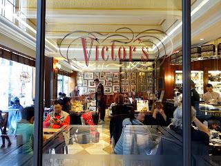 Victor's Café