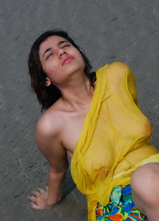 bollywood nude girls pic