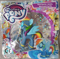 MLP Store Finds: Poland - Wonderbolt Rainbow Dash Magazine Figure