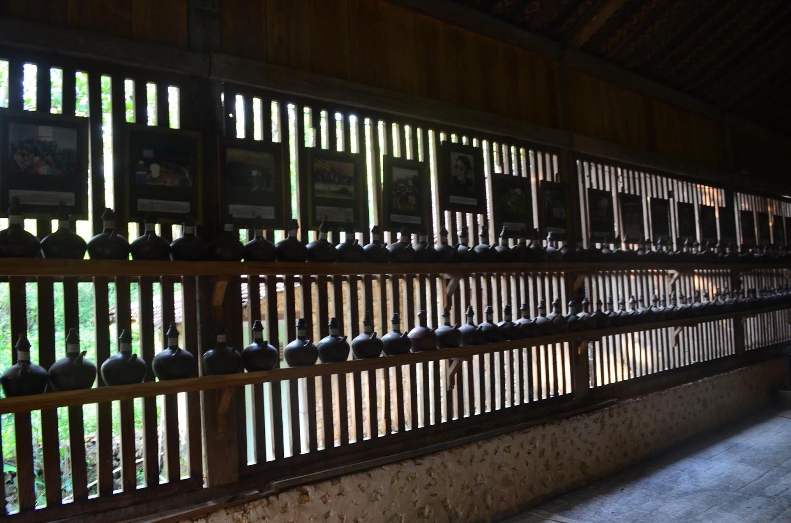Di masa digital yg hanya melalui gadget ditangan setiap orang sanggup dengan gampang mendapatka Tempat Wisata Terbaik Yang Ada Di Indonesia: Ini Alasan Bali dan Jogja Menjadi Destinasi Favorit di Indonesia.?