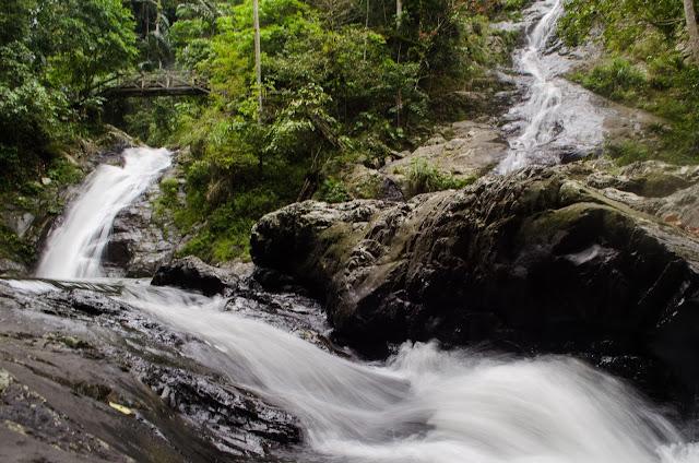 Wisata Alam Air Terjun Kalijodoh Pinrang