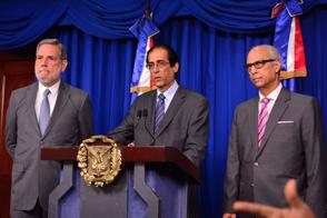 Medina suspende al Director del CEA y crea comisión para investigar caso de San Pedro de Macorís