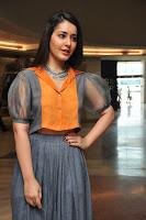 Raashi Khanna Glamorous Photos HeyAndhra.com