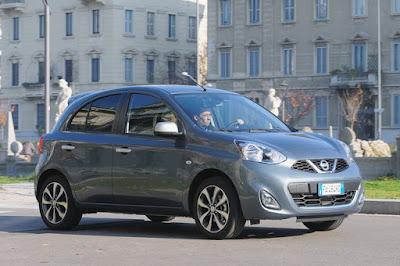 Auto consumi ridotti motore brillante Nissan Micra