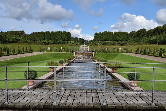 Frederiksborg Castle Garden