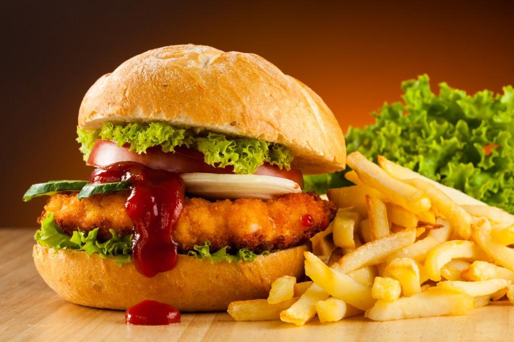 Makanan Penyebab Hipertensi Yang Harus Dihindari