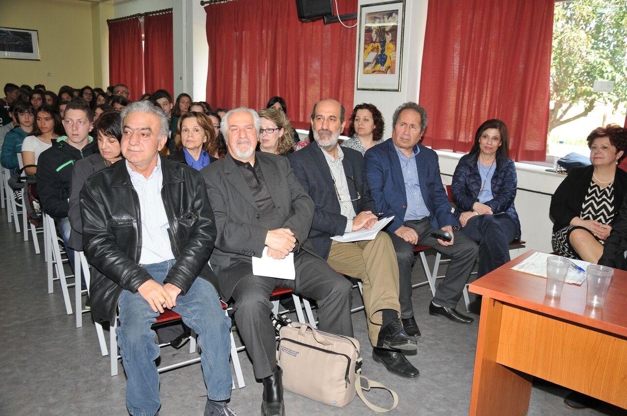 Χαιρετισμό στην εκδήλωση απηύθυνε ο διευθυντής της Δευτεροβάθμιας  Εκπαίδευσης Πιερίας κ. Ιωάννης Καζταρίδης f230736502c