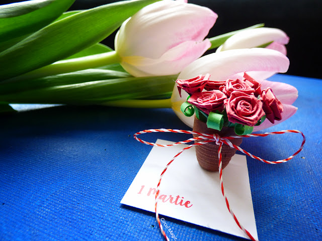 Martisor Handmade Quilling Trandafiri Circul Magic