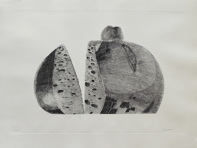 Pablo Serrano aguafuerte hogaza con manzana