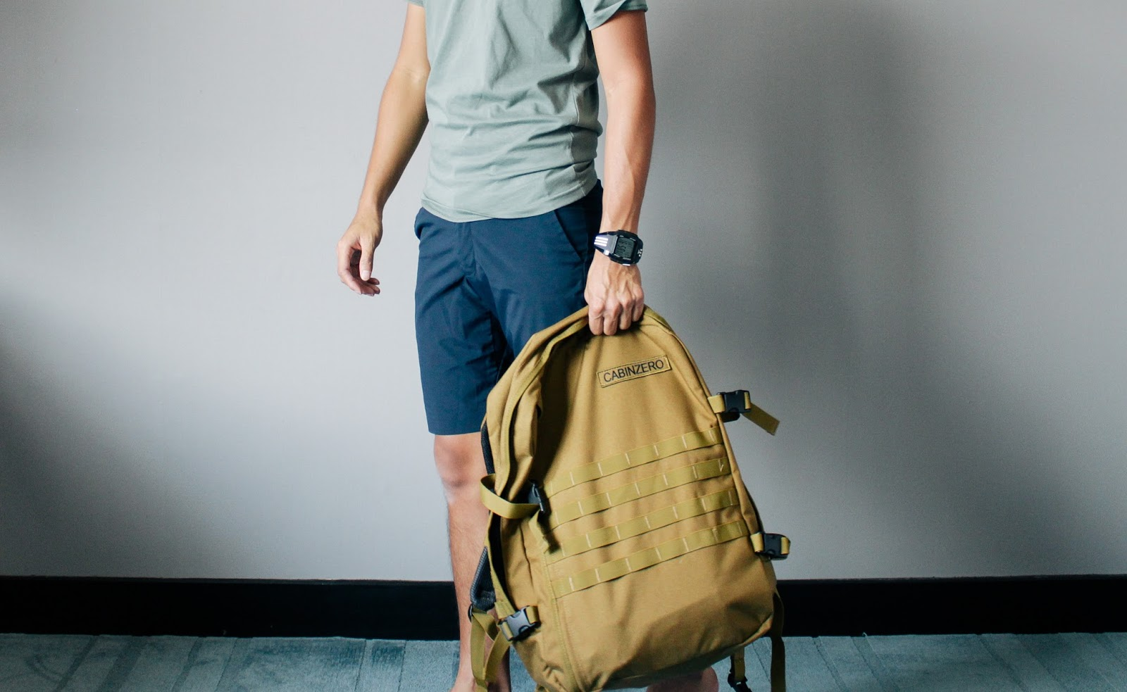 ca659a52e9 That s how I noticed the existence of Cabin Zero. I keep on browsing  through their website to see some cool collection of bags ever since I saw  Jac s.