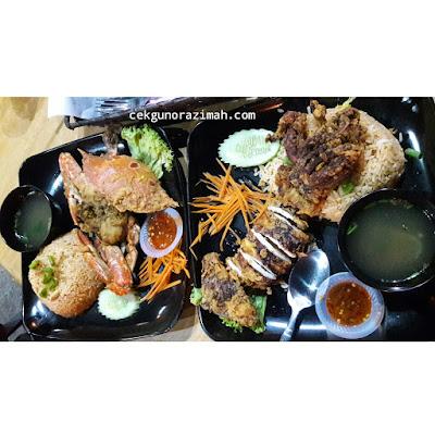 THAI Siam Cuisine Jenjarom, tempat makan best banting, tempat makan best jenjarom, tempat makan best morib, menu xxl, nasi goreng sotong raja, nasi goreng ketam