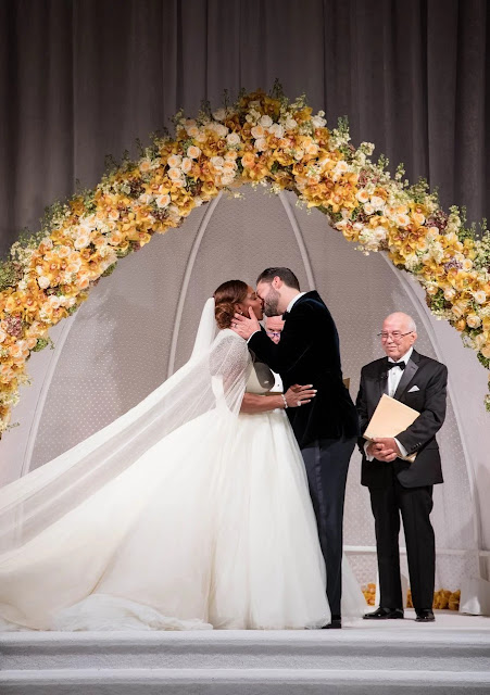 Serena Williams And Alexis Ohanian's Star Studded Wedding ...