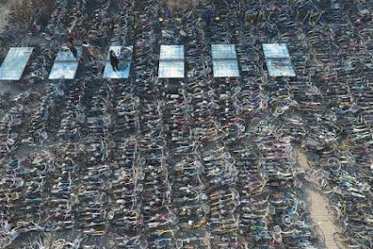 Melihat Kuburan Sepeda, Di Mana Ribuan Roda Dua Terbengkalai