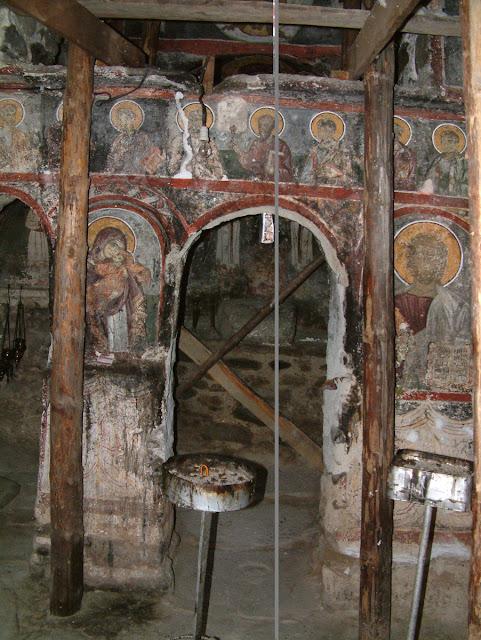 Детали од ѕиданиот иконостас - Св. Димитрие -црква од XIV век во село Градешница - Мариово
