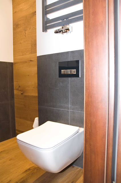 drewno podobne kafle w łazience pomysły, aranżacja