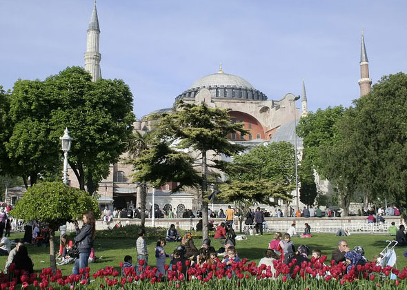 Paket Umroh Plus Turki 2018 10 dan 12 Hari