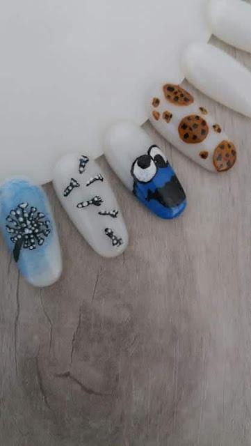 dmuchawce-paznokcie-rozmyte-tlo-ciasteczkowy-potwor-kruche-ciastka-czekolada-farby-akrylowe-wzornik-blog