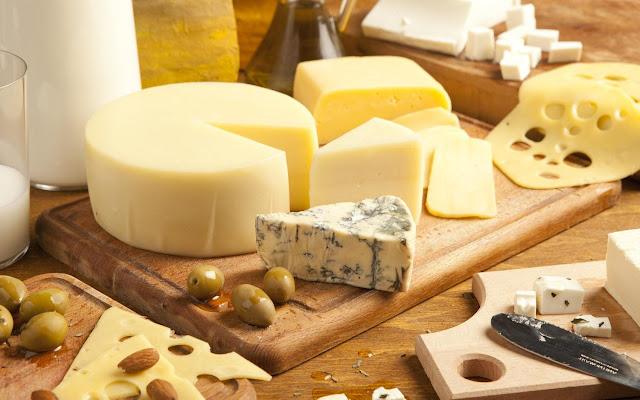 Alimentos que podem tornam sua pele oleosa e sem vida